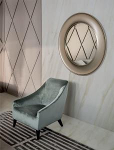 Кресло Casamilano Narciso Magenta Armchair - Высокие интерьеры