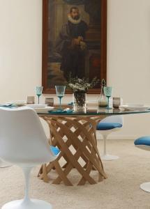 Столы и стулья Emmemobili Nassa - Высокие интерьеры